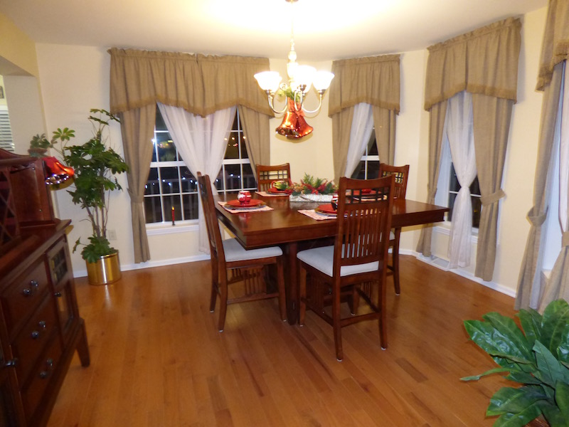 Brook Model Dining Room